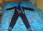Vendo traje de buso casi nuevo