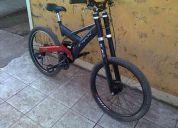 Se vende bicicleta dh