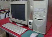 Computador celerond con pantalla y accesorios