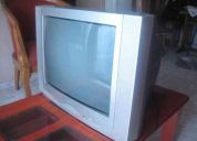 Vendo tv de 21 pulgadas con control remoto esta funcionando