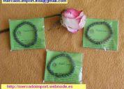 """Hermosas pulseras de """"jade"""" color verde esmeralda. $ 2.000 c/u."""