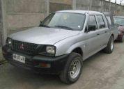 Camioneta mitsubishi l200 2x4 petrolera