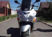 Vendo moto scooter deportiva nueva 2011