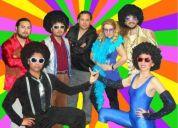 El mejor espectaulo onda disco: banda en vivo y bailarines