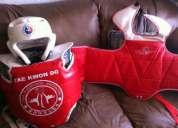 2 pecheras y un casco de entrenamiento especial para takewondo