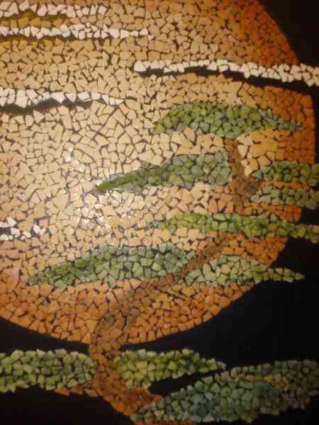 Micromosaicos realizados con cáscaras de huevo