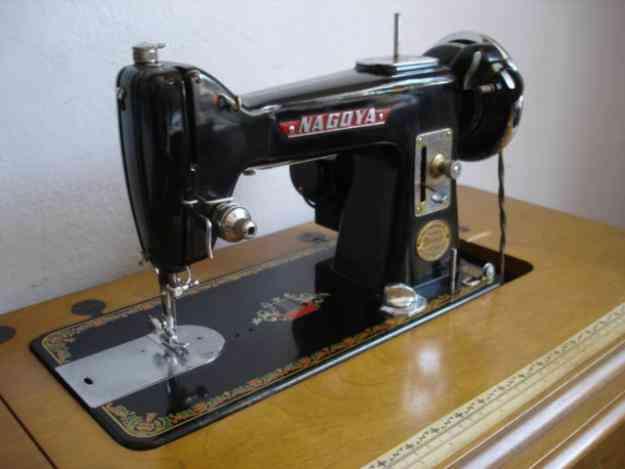 Una mirada del hombre: Compra venta maquinas de coser