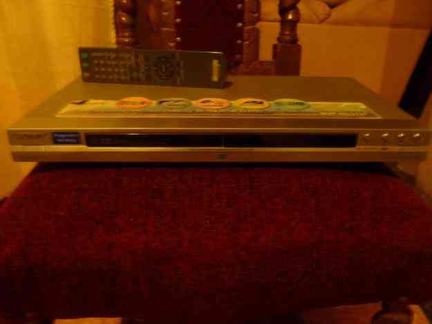 CD / DVD PLAYER DVP-NS575P SONY