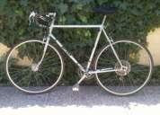 Bicicleta ruta antigua, en percetas condiciones.