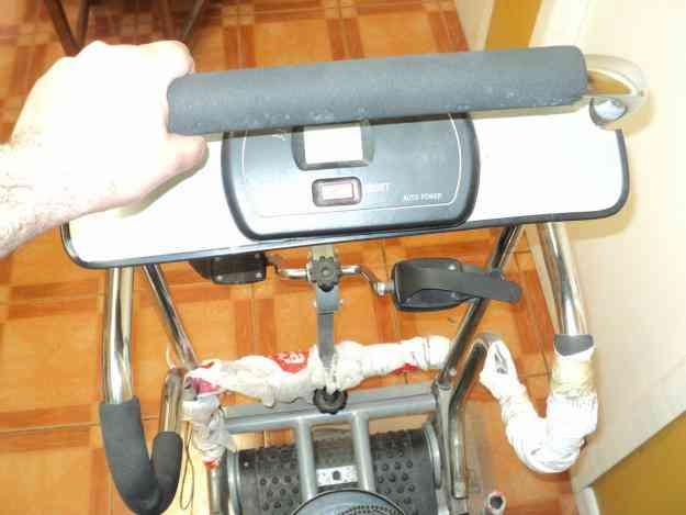 Vendo maquina de ejercicio multifuncional En buen estado esta igual que en las fotos Por a