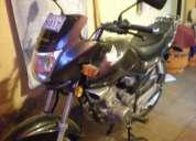 Vendo moto honda modelo storm