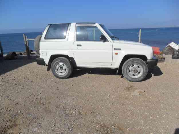 Vendo jeep Daihatsu