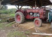 Tractor universal 650