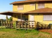 Parcela valle alegre; 5.300 / 200 m2.; urbanizada; casa 2 pisos, solida; acceso a tranque.