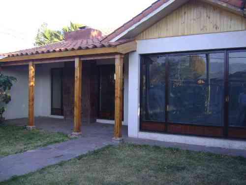 se arrienda preciosa casa en Tocornal, San Esteban