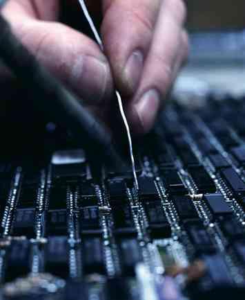 reparaciones de todo tipo de electronica TV , equipos de musica ,