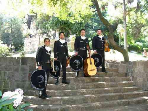 Contratar mariachis 02-7279788