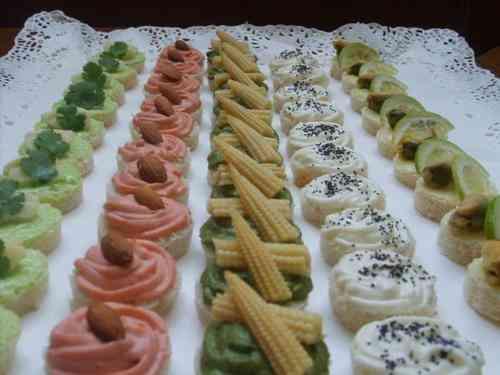 Finos y ricos canapes empanditas sushi lindas tortas for Canapes faciles y ricos
