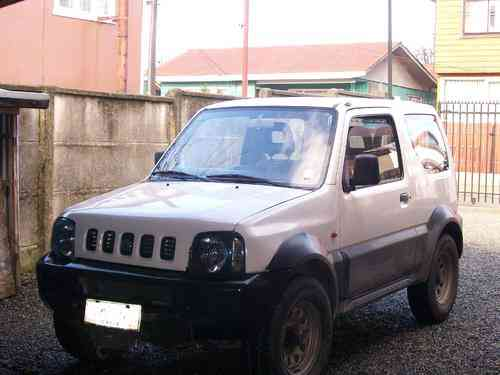 SE VENDE JEEP SUSUKI JIMNY 4X4 AÑO 2003. $4.250.000