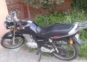 Vendo moto suzuky en125-2a año 2011
