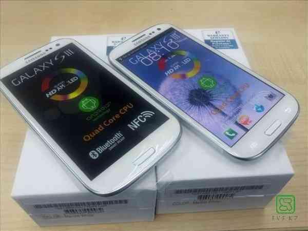 Compra Venta: Iphone 5 (64GB,32GB,16GB) & 4S / BlackBerry Porsche P9981 / Samsung Galaxy i9300 S