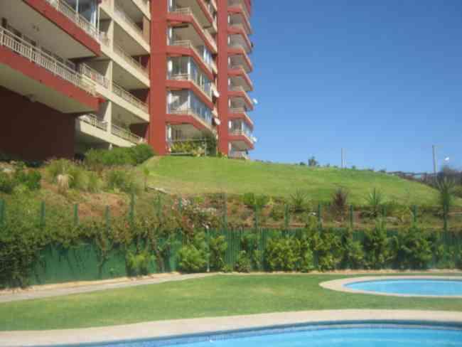 Oportunidad agua santa primer piso con amplio jard n for Jardin 90m2