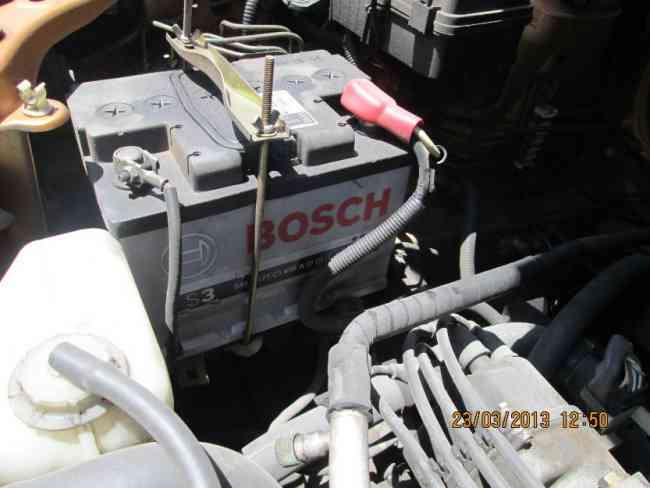 SE VENDE HONDA HRV , unico color en iquique, año 2001 y mecanico , en buen estado!!!