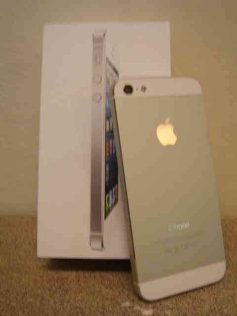 Apple Iphone 5 64gb,Samsung galaxy S4,Blackberry Q10