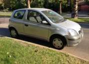 Toyota yaris sport. 3 puertas. año 2005. gris plata.