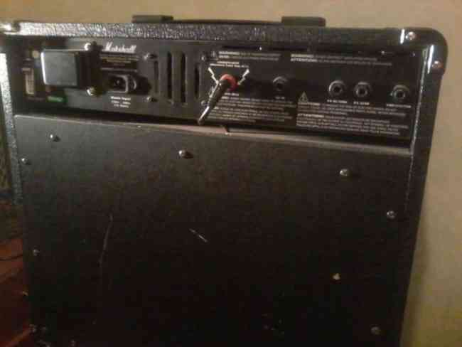 Amplificador Marshall MG50DFX