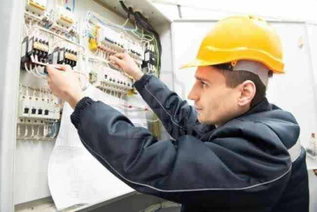 Instalaciones electricas porteros  Tel 934 66 500