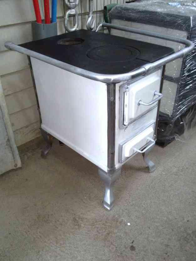 Vendo estufa a leña