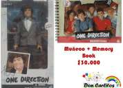 Muñeco + memory book de one direction.