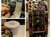 Reloj del afamado diseñador isaac mizrahi con estuche stock limitado