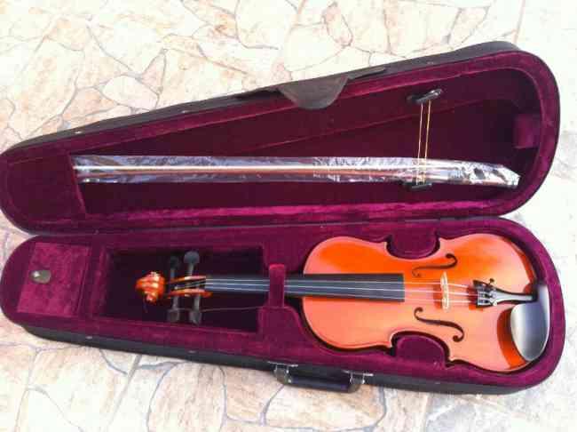 Estuche de violin antiguo