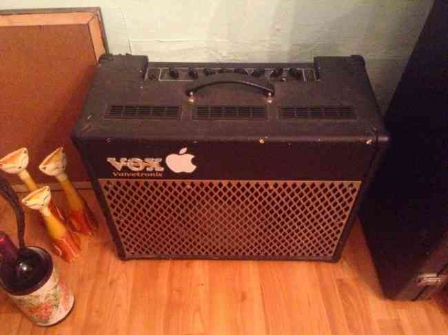 Vox valvetronix ad50vt + footswitch vfs2