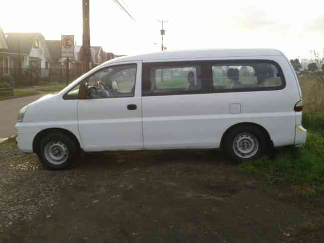 minibus 12 personas con o sin chofer llame no molesta