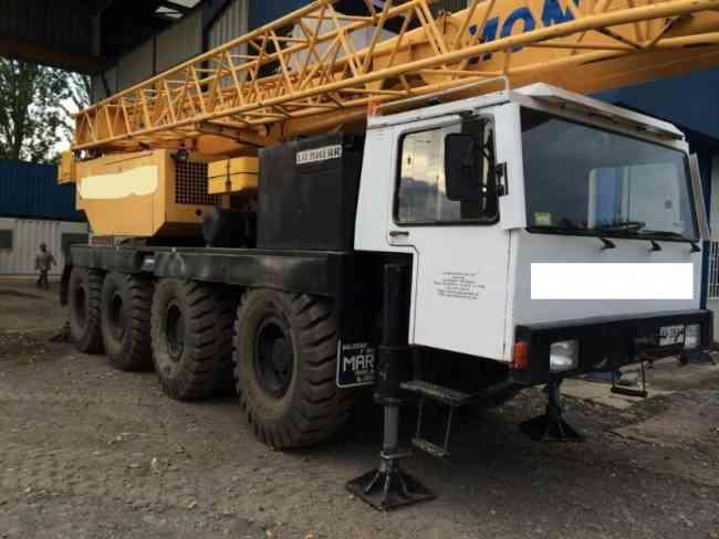 Grua Liebherr LTM 1070 año 1989 70 toneladas
