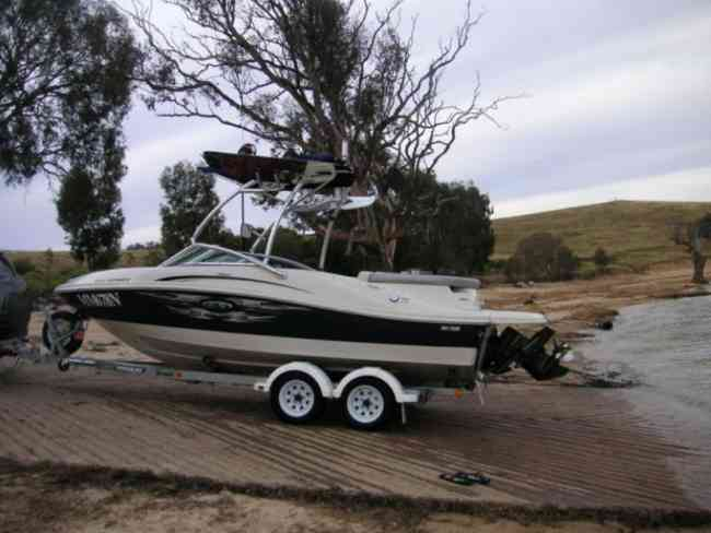 2010 Searay Sports Wake Ski urgente