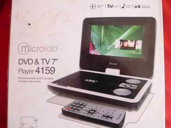Dvd con tv portátil pantalla tft lcd de 7 pulgadas widescreen, giratoria 270º