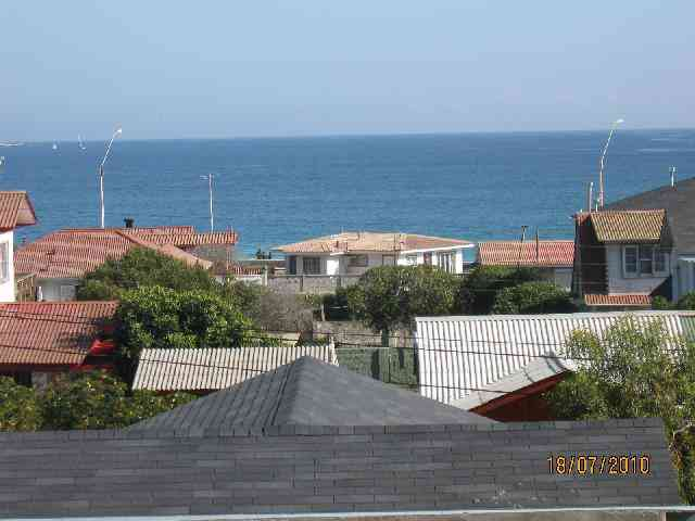 Algarrobo vendo 2 casas a una cuadra de la playa y con vista al mar