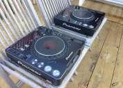2xpioneer cdj-1000mk3 / pioneer svm 1000 mixer/ pioneer cdj-2000 nexus