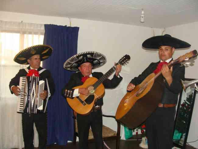mariachis a domicilio serenatas todo santiago www.mariachiamerica.cl