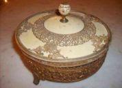 Antiguedades finas compro , lamparas de lagrimas , plateria , esculturas llamar 92877883..