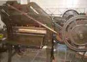 Atencion imprentas vendo guillotina e insumos