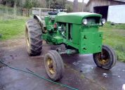 Tractor j.deere 2420