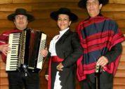 Conjunto folklorico profesional ''los llanos de chile''