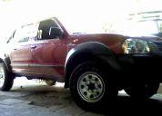 Chofer con camioneta doble cabina diesel