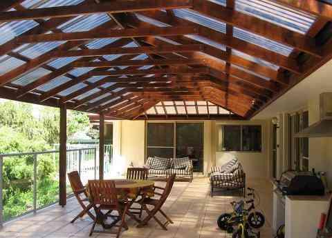 Decks cobertizos terrazas y p rgolas en madera - Terrazas con pergolas ...