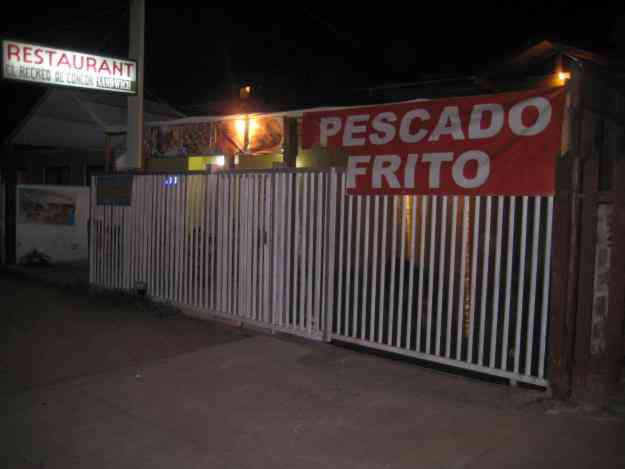 VENDO RESTAURANT FUNCIONANDO, EXCELENTE UBICACION